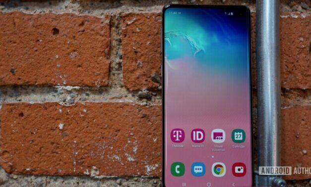 La política de actualización de Samsung te haría comprar sus teléfonos
