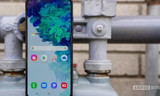 Samsung corrige la pantalla errática del Galaxy S20 FE con nuevas actualizaciones