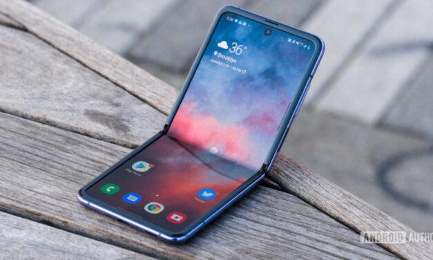 Samsung podría compartir las pantallas de sus teléfonos plegables con la competencia